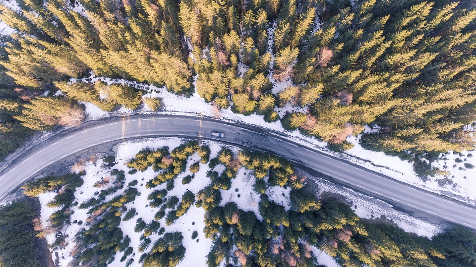 A téli autóvezetés 10 aranyszabálya